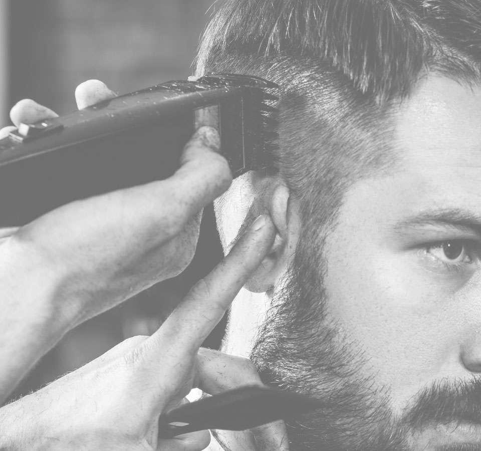 2 box immagine rasatura uomo capelli chi siamo haircarepro